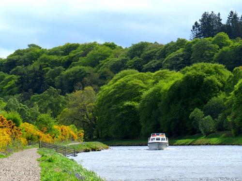 Caldonian Canal Towpath thumbnail